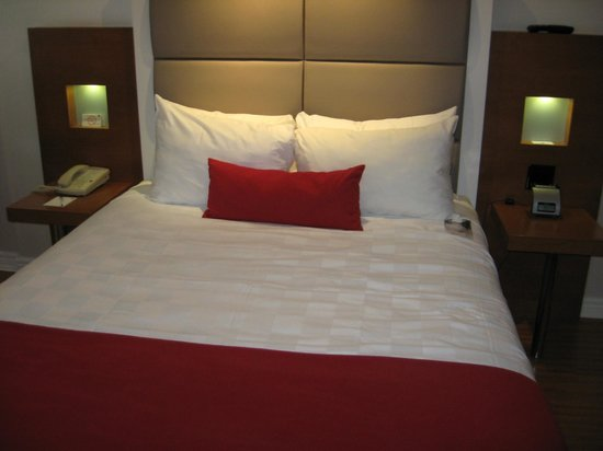 The Strathcona Hotel: The comfy bed