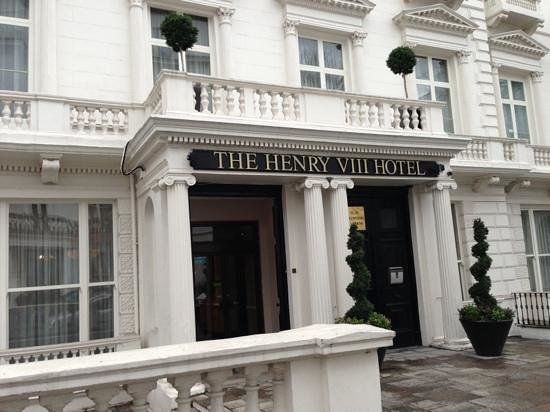 Front View Of The Hotel Henry Viii Picture Of Henry Viii Hotel