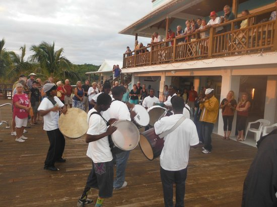 Long Island Breeze Resort: Junkanoo Rush at Cruiser's Rally 2013