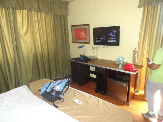 La Cresta Inn: habitacion