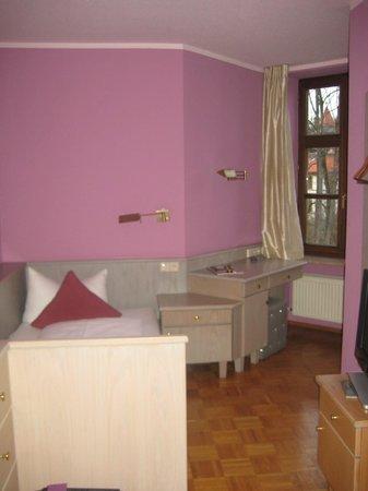 Hotel Fantasia: room