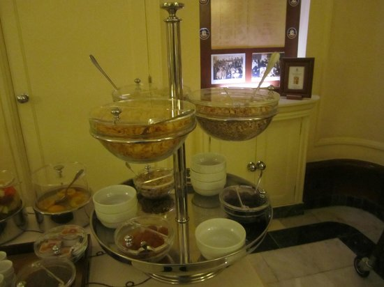 Britania Hotel: Breakfast
