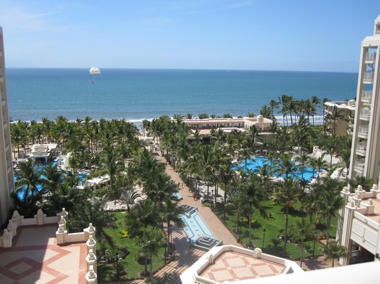 Hotel Riu Vallarta: this is the view we had from our hotel room!