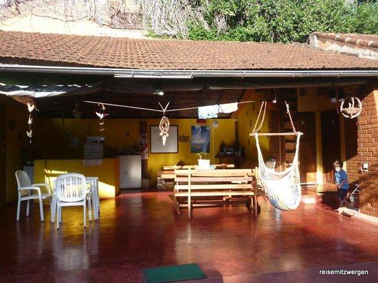 Garden Stone Hostel: Gemeinschaftsbereich, Kitchen, Living