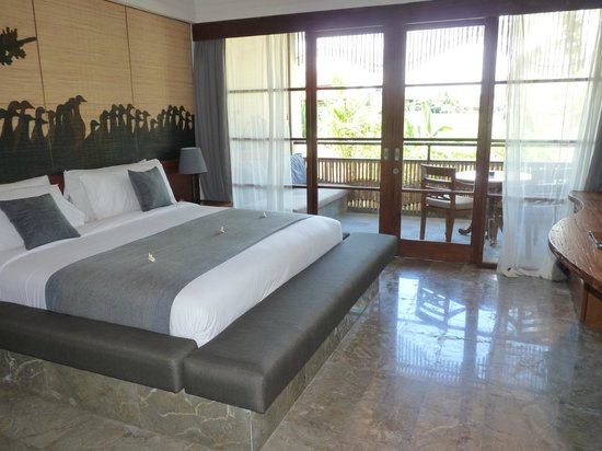 Alaya Resort Ubud: Our room and balcony