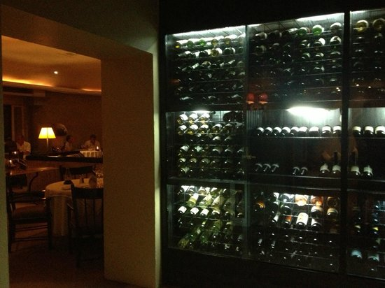 Las Brisas Hotel Collection Ixtapa: Italian resto wines