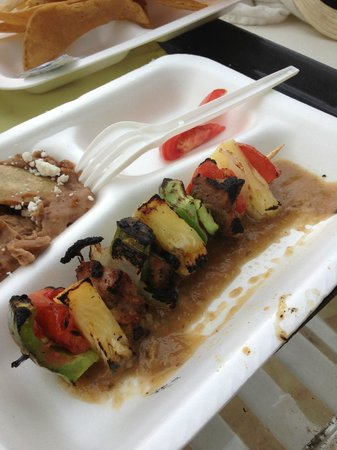 Las Brisas Hotel Collection Ixtapa: Beef and pineapple skewers poolside