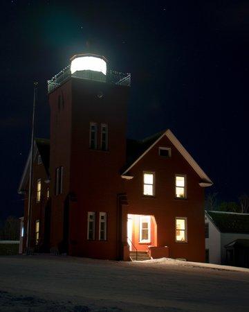 Lighthouse Bed & Breakfast : © 2013 Dustin Petersen