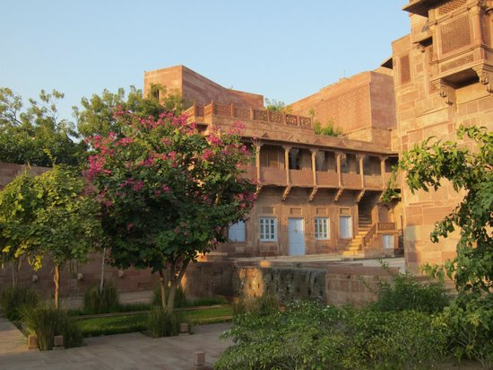 RAAS: old part of hotel