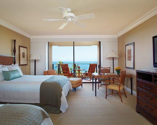 Living Room In A 1 Bedroom Suite Foto Di Four Seasons Resort Maui At Wailea Wailea Tripadvisor