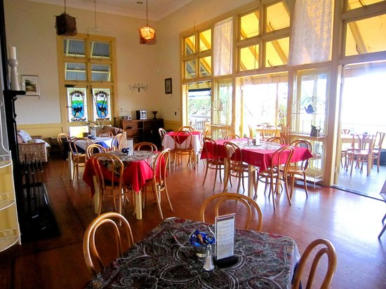 Cormorant Bay Cafe: Inside dining area