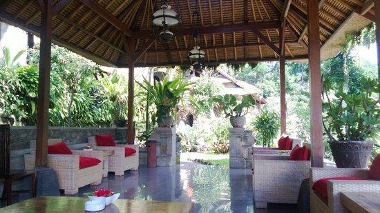 Hotel Tjampuhan & Spa: Lobby