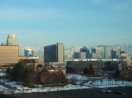 Hyatt Place Salt Lake City - Downtown: View from our room on the top floor, facing east