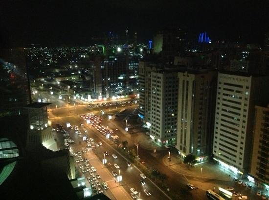 Grand Millennium Al Wahda: Nighttime view from room