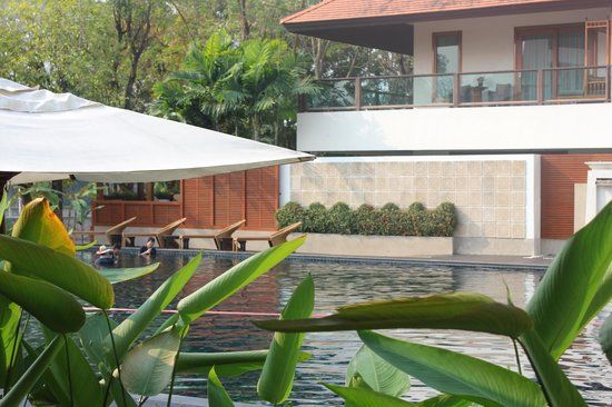 Ratilanna Riverside Spa Resort Chiang Mai: The pool