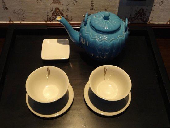 Mandarin Oriental Jakarta: Tea Set In Room