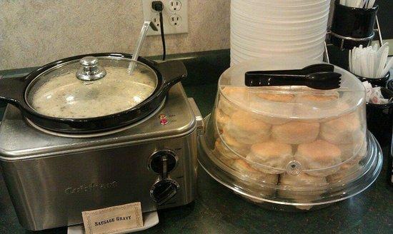 Ambassador Inn: Hot Breakfast items