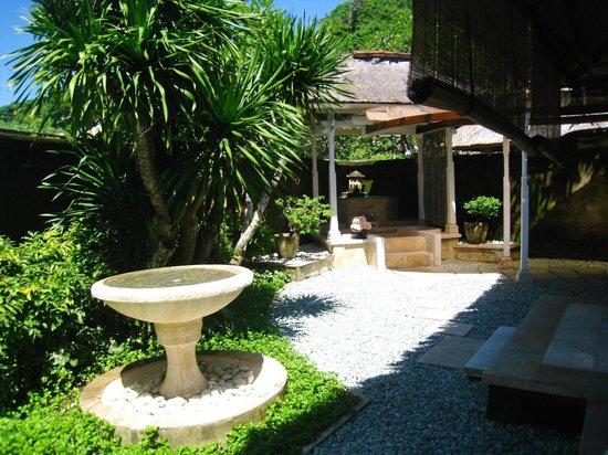 Mandara Spa: Private courtyard