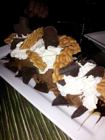 MarQueen Hotel : The Tin Lizzie Dessert