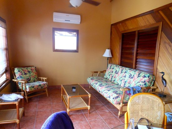 X'tan Ha Resort: living room