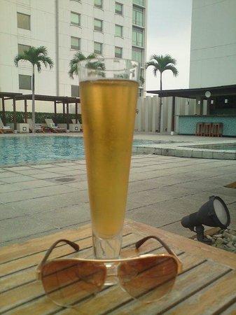 Alila Jakarta: Ice cold Bintang :-)