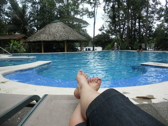 Laguna Lodge Tortuguero: descansando en la alberca