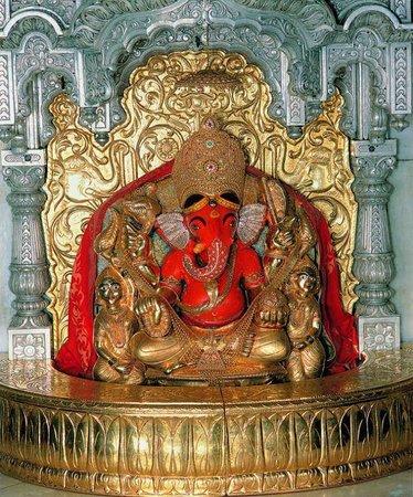 Shree Siddhivinayak: siddhivinayak mumbai