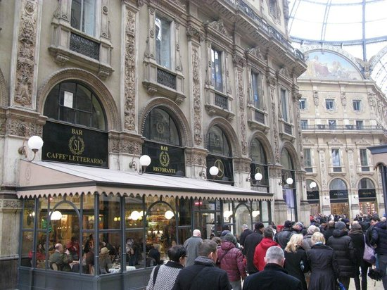Bar Si: Si Bar and Restaurant Milan
