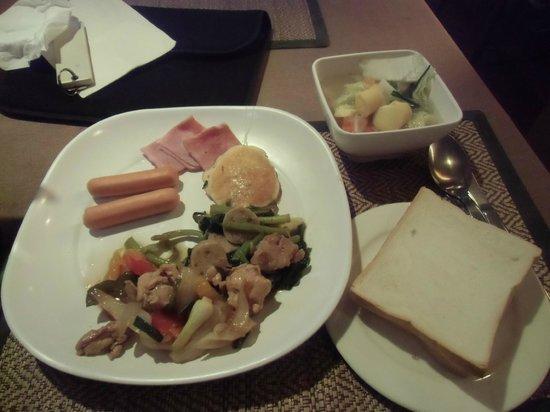 Chiang Mai Gate Hotel: 朝食