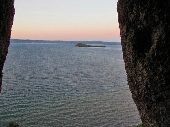 L'Orto delle Fate: vista dell'isola bisentina