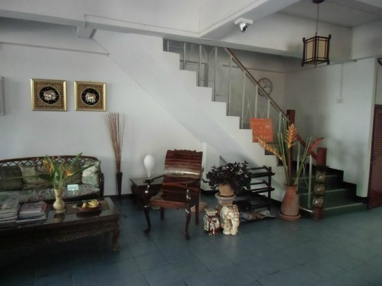 Bed and Terrace Guesthouse Chiang Mai: 1階ロビー