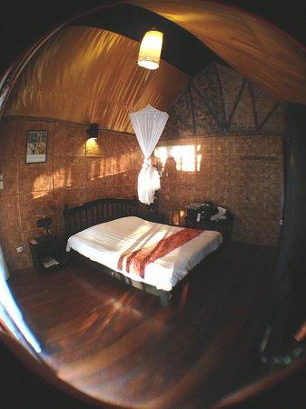 Ban Sabai Bungalows by Inthira: Room