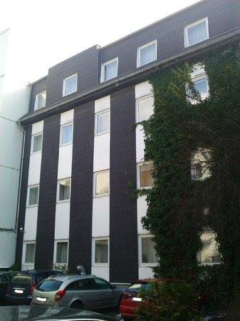 Hotel Korn : Parkplatz