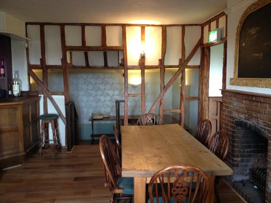 The Chequers: New inside