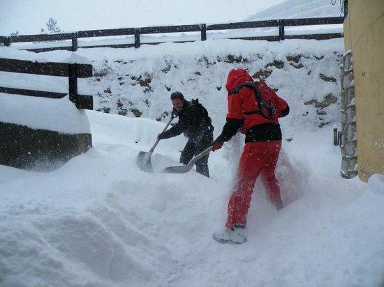 Xalet Refugi Pere Carné: nevada 9 de marzo 2010
