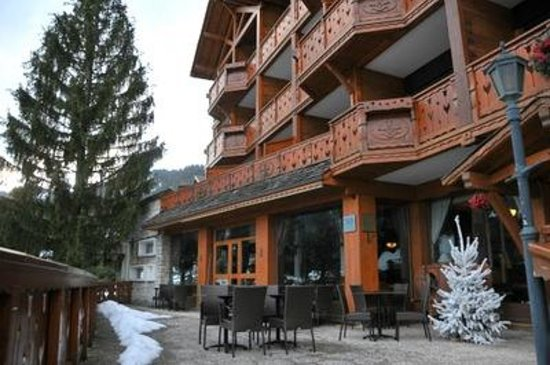 Hotel Carlina: vue exterieur du chalet
