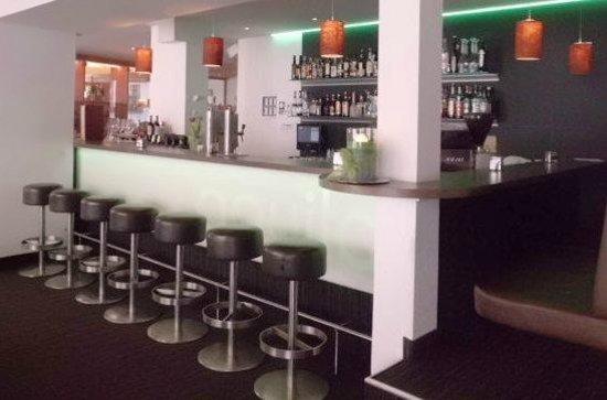 Bar at Aquila