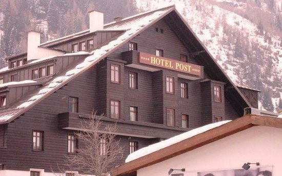 Hotel Post: Exterior of Hotel