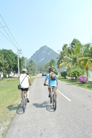 Hua Hin Bike Tours : Part of the ride