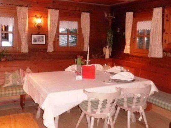 Hotel Madlochblick: Dining Room