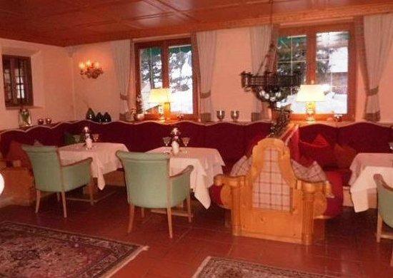 Hotel Madlochblick: Bar area