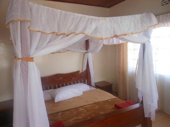 Milimani Bed & Breakfast: private en suite room