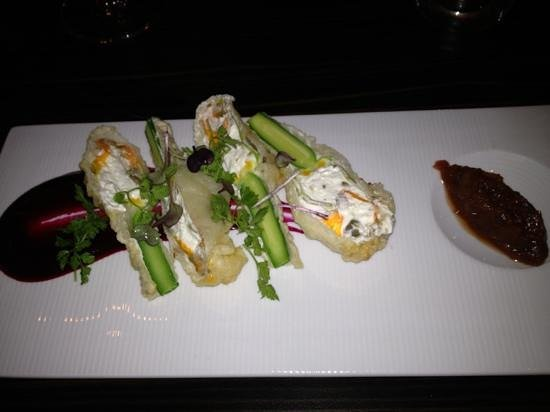 Little Truffle Dining Room & Bar: stuffed zucchini flowers