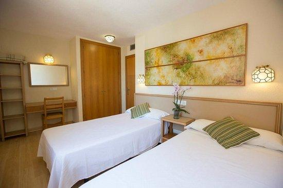 Apartamentos Les Dunes Suites: HABITACION