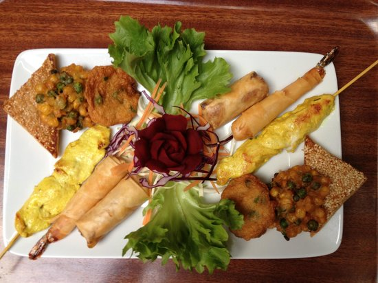 Cafe Thai: Mix starters