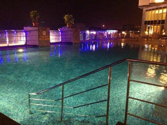 The Swimming Pool Picture Of Four Points By Sheraton Visakhapatnam Visakhapatnam Tripadvisor