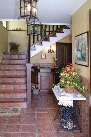 Apartamentos Casa Germana: Recepción