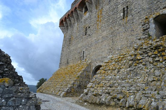 Ourem, Portugal: Entrada al Palacio de los Condes de Ourém