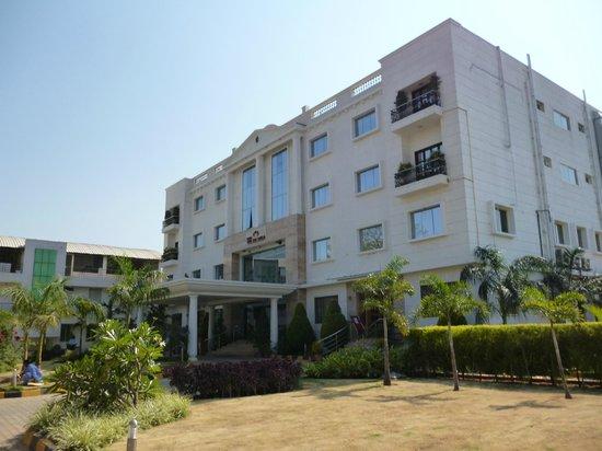 The Sai Leela Hotel: Main Building