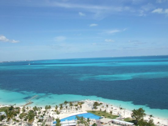 Hotel Riu Palace Peninsula: Perfect blue